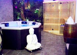 bien tre spa jacuzzi hammam massage maubeuge lagoona spa centre de beaut et de. Black Bedroom Furniture Sets. Home Design Ideas